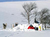 snowcave-4