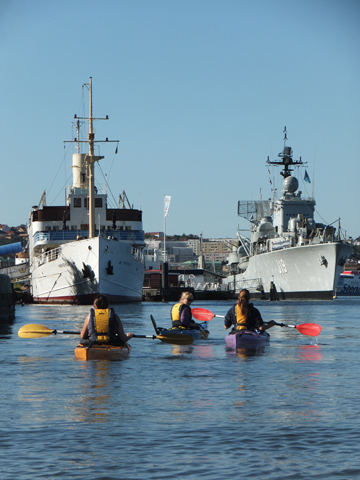 kayak-gothenburg-warships