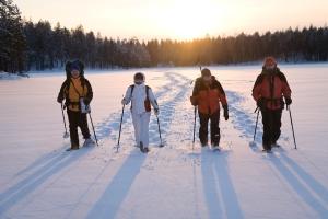 snowshoeing-credit-ut