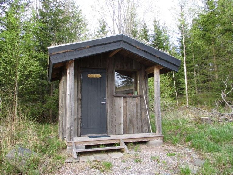 Fredros-cabin-Fem